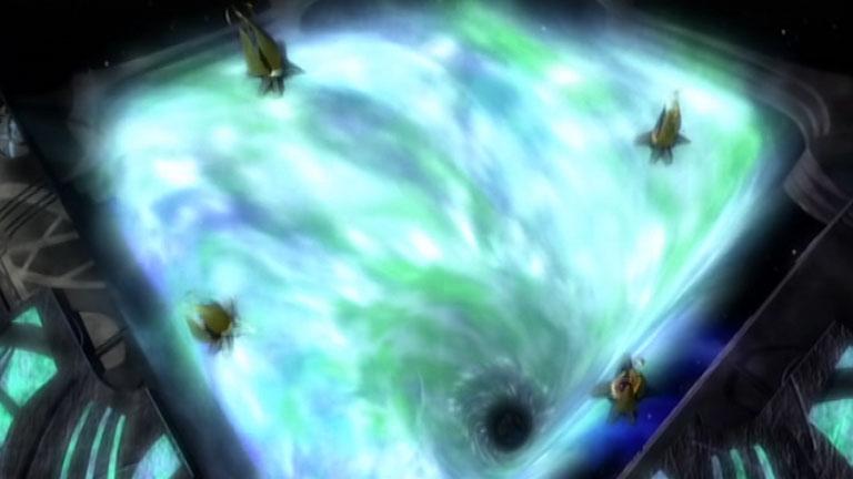 """Открытые врата, кадр из фильма """"Третье Пространство"""", Вавилон-5"""