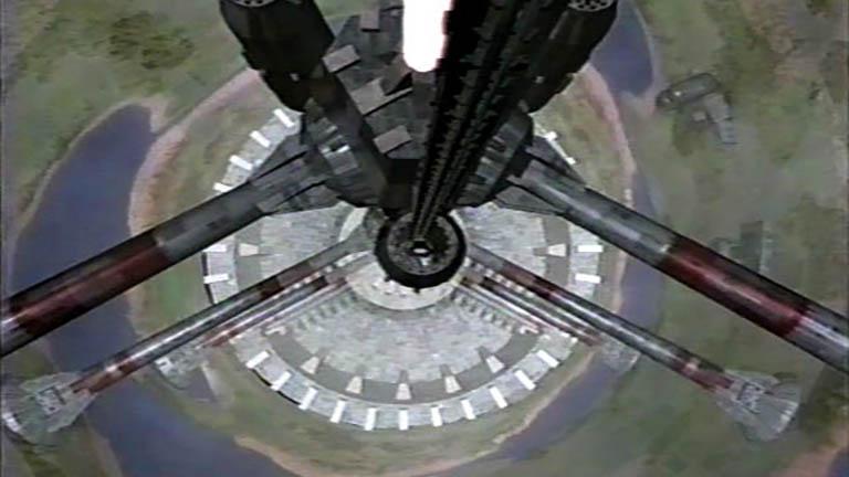 Кадр из The Gathering внутренней части станции Вавилон-5