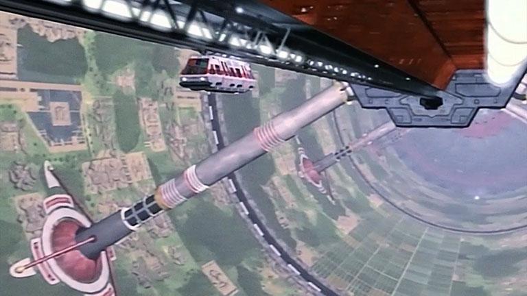 Кадр из второго сезона внутренней части станции Вавилон-5